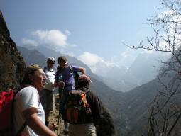 Треккинг в Гималаях к озеру Тиличо
