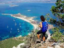Треккинг в Сардинии: вид на Тирренское море